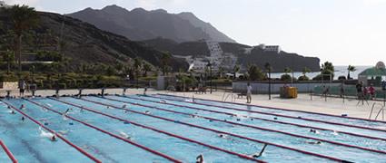 Geheizter, abgeleinter 50m-Pool unter freiem Himmel. Bild: Las Playitas