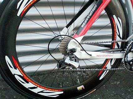 Laufräder ZIPP 808, Schaltwerk Shimano DURA ACE 10fach