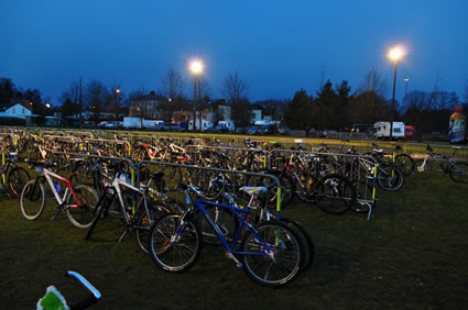Die Bikes scharren mit den Hufen