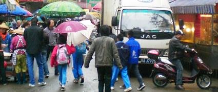 Ironman China: Einkaufen in den Straßen von Haikou