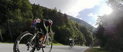 Kette rechts! Die schnelle Radstrecke der Challenge Walchsee. Bild: AGU Sports