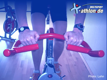 Indoor Cycling: Handposition 2